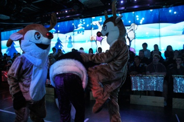 Reindeers abusing Evil Santa