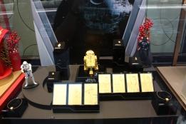 Gold R2-D2